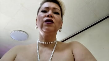 Mature Beauty Fucked Strong Alongside Two Dildos Customary Her Pussy And Asshole. Lustful Bitch Shaking Customary A Wild Orgasm!