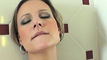 Holly Washing Her Massive Tits Trendsetting Fucking Shower