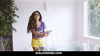 Sis Loves Me - Steamy Hot Shower By Stepsis (anima Allure)