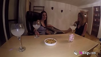 Jordi Has Her One Las Threesome Found In Fakings Upon Amazing Milfs Siona And Lucia