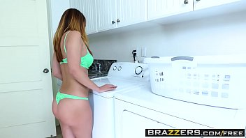 Brazzers - B. Got Boobs - (dillion Harper)( Buddy Hollywood) - Spin Cycle