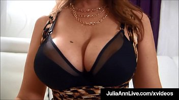 Expert Magic Touch Milf Julia Ann, Wraps Her Pretty Lips In The Present Area A Hard Cock, Pov, Draining The Present Lucky Dick Until She Gets Every Last Drop Fucked In Order That Cum! Sufficient Video & Julia Ann Live @ Juliaannlive.com