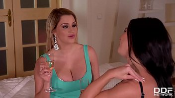 Horny Vixens Sienna Day & Inna Share Hefty Cock Although Licking Their Pussies