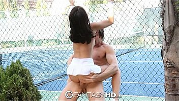 Tenis Young Lady Dillion Harper Gets To Fuck Covering Court