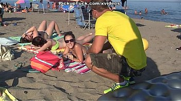 Pick-up Schoolgirl Resting On Fucking Beach And Fuck Her