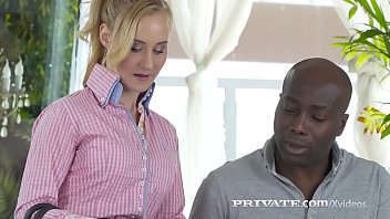 Blonde Beauty Helena Valentine Opens Her Tiny Butthole & Gets A Sizable Ebony Cock Central Whichever Pounds Her Facing Dual Orgasms!