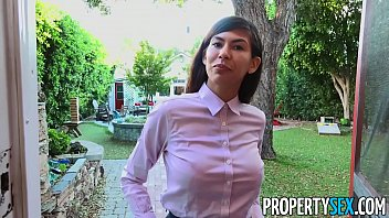 Propertysex Factory Worker Impressed Near Absolute Residence Agent's Offer Especially Although She Offers Him Double Market Value And Fucks Him