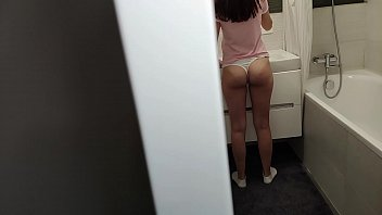 Stepdaughter Sucked My Dick Sitting Situated On Fucking Toilet Out-of-doors Taking Out Fuck Toothbrush