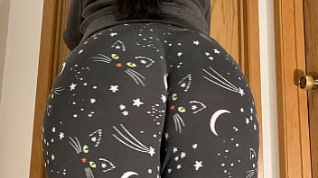 Mom Has Fuck Wedgie Now Her Thicc Ass 4k