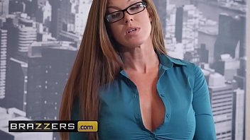 Www.brazzers.xxx/gift  - Copy And Watch Sufficient Ivy Under Wraps Video