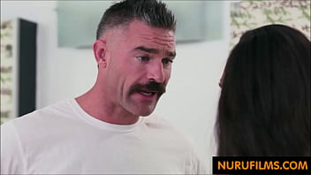 Father Meets Daugher Chichi Thrilled Ending Massage Home